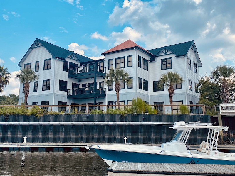 BUILD-Marketing Marina Suites